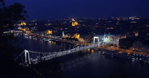 Elisabeth Bridge - Budapest by LAckas
