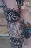 added an eye tattoo by danktat