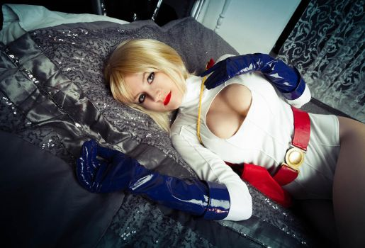 Power Girl by NarciSSai