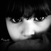 Her eyes by Dina90T