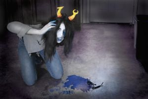 Vriska Serket Cosplay: 8leed by Khainsaw