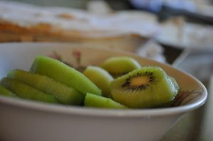 Mmm Deliciouse Kiwis by Wolfgang-xx