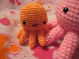 - Teeny Octopus Amigurumi - by awkwardsoul