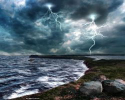 Stormy Sea by Lairis77