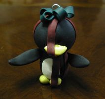 All wrapped up penguin by pinguinadearte