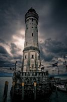 Lighthouse by Dynnnad