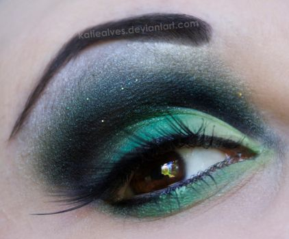 Glittery Green by KatieAlves