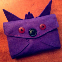 Gengar inspired 3DS XL case by joannawentbananas