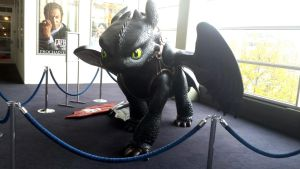 Toothless front view by Meykka