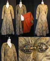 Tapestry Coat by OLIVESELKIE