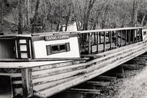 Canal Clipper by jhaumann