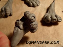 Werewolf Paws and Foot by DumansArk