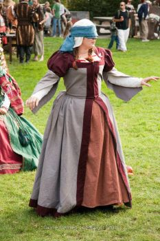 Renaissance faire household dress by barelyproper