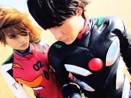EVANGELION Cosplay : Asuka and Shinji plugsuit by CaptainArnoldo