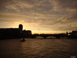 Thames Sunset by penfold73