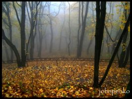 Autumn Lviv by johnpenko