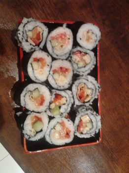 Sushi by Frywenn