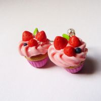 strawberry cupcakes earings by lemon-lovely