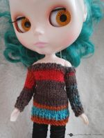 Off-the-shoulder sweater for Blythe by kivrin82