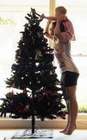 Decorating Christmastree! by Australisa