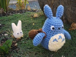 Blue and White Totoro by Ami-Amour