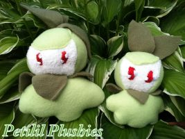 Petilil Plushies by CeltysShadow