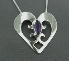 Yielding Heart by GipsonDiamondJeweler