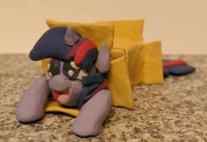 Plasticine Twilight Sparkle in a box by Vampairious-Kun