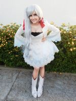 Weiss Schnee Cosplay 3 by naysimo