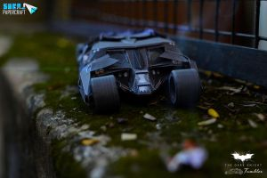 Batman Tumbler Papercraft by suraj281191