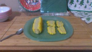 how to eat corn cob by smallsandwich