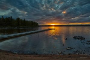 Sunset at the lake in southern Sweden by roisabborrar