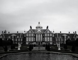 Palace Huis Ten Bosch by freyiathelove