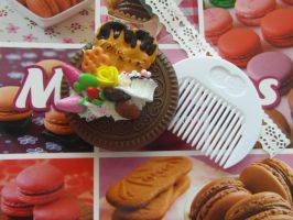Cookie Mirror with comb by AngelicLight100