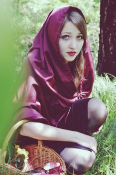Red Riding Hood by Sabse1996