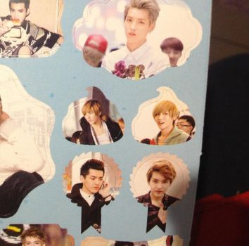 My new favourite thing: poop shaped Kris stickers by krismaddict