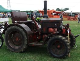 Old Oily Tractor - Modified Lanz Bulldog by fuguestock