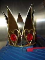 Red Queen Crown by Deviant-Mutha