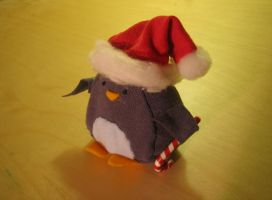Xmas Penguin 2 by chiefhoohaha