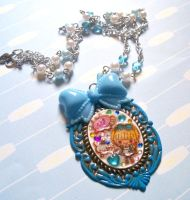 Wonderland Alice Necklace by prheat
