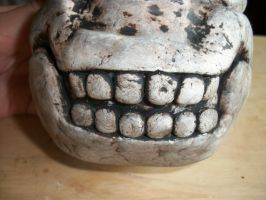 Skull Planter Close-up Teeth by QueenAliceOfAwesome