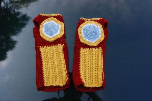 Iron Man Gauntlets by rjccj