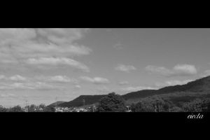 Thirroul Rolling Hills BW by dsx001