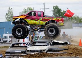 Monster Truck Jump by GrinningC4t
