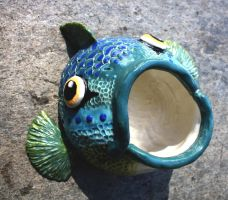 Fish kiss coffe cup by Sunima