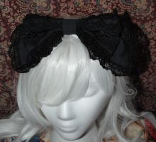 Black alice bow by OphanimGothique