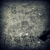 St Patrick's Grave by lostknightkg