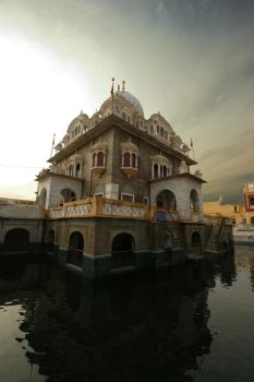 Sikh temple by Palulop