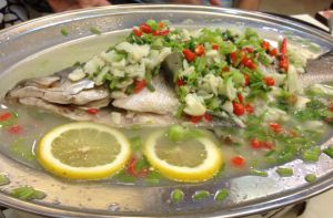 Steamed Seabass with Lemon Slices by nosugarjustanger