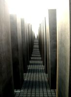 Holocaust Memorial by pinkasapeach